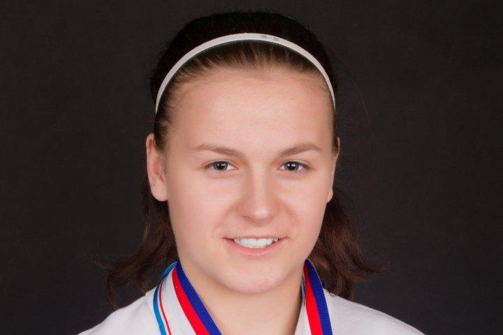 K podpoře Ondřeje Buchtely se přidává také Klára Peslarová, draží hokejku z MS
