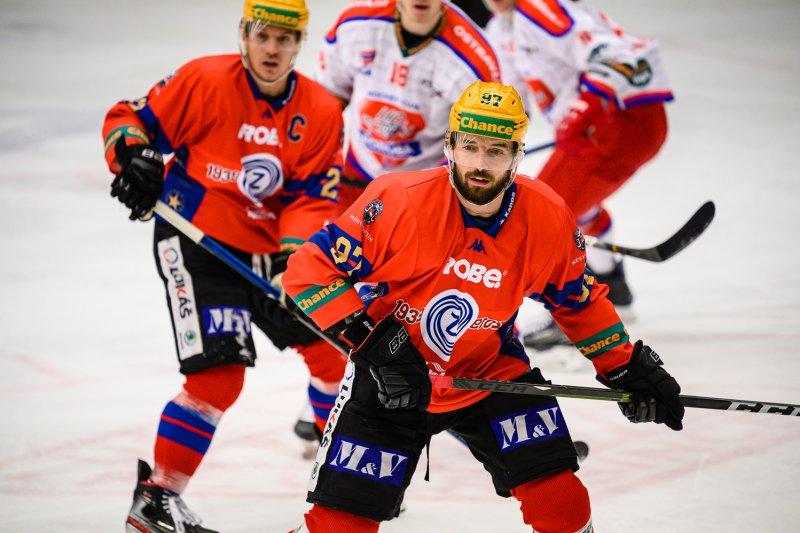 Ve speciálních dresech se nám daří, asi bychom v nich měli hrát víc zápasů, usmívá se Radim Kucharczyk