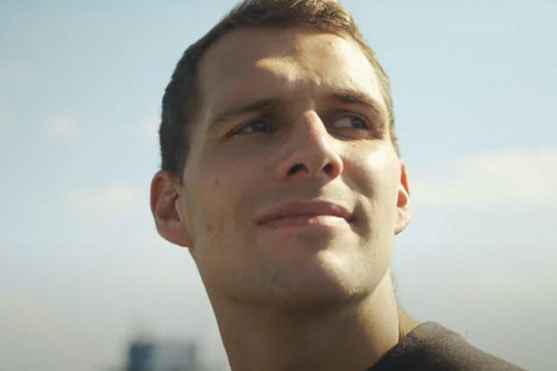VIDEO: Návrat Luboše Roba i fanoušků na stadion. Podívejte se na klip VHK k nové sezoně!
