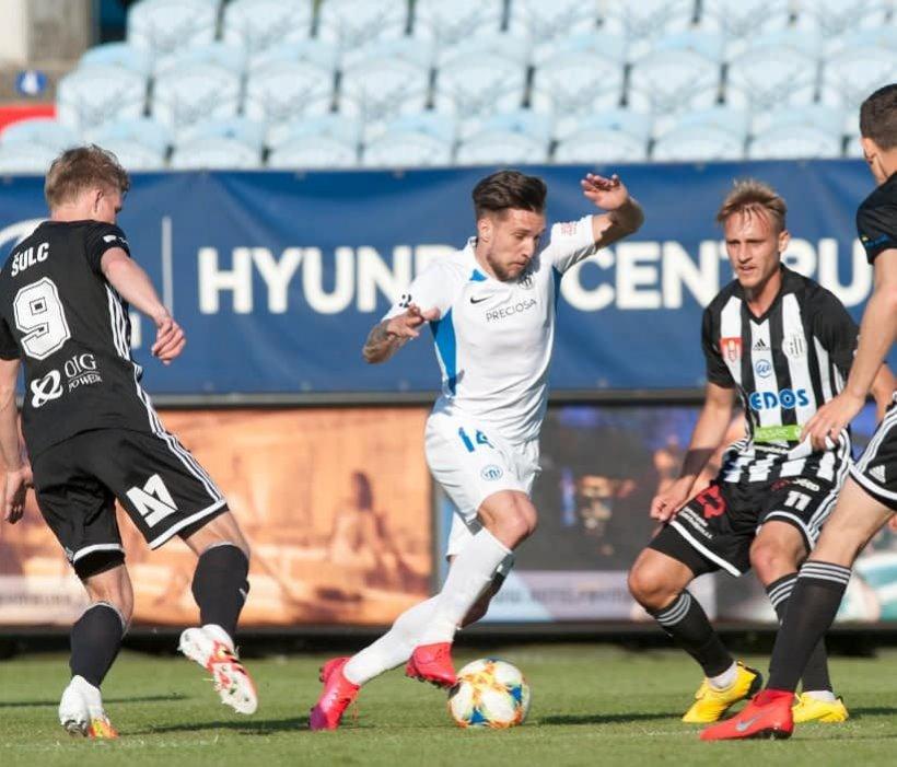 Baluta schiesst Slovan zum Sieg bei Dynamo Budweis und auf den vierten Tabellenplatz