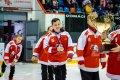Děkovačka malých hokejistů.