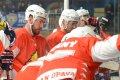 exDrak Jan Fišera naslouchá pokynům od trenéra Opavy