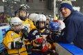 Na ledě se dnes představili i mladí Draci, ti nejmenší. Spolu s trenéry...