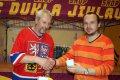 Třinecký Petr Turoň toužil po pivu Ježek, zavděk však musel vzít polokošilí a hrnkem Stiga.