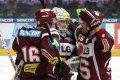 Sparťané oslavují vítězství v druhém pražském derby letošní sezony
