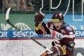 Tomáš Rachůnek slaví třetí sparťanskou branku v zápase