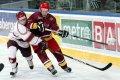 Stanislav Eis bojuje o kotouč