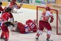 Jan Hruška z dorážky otevírá skóre utkání - 1:0