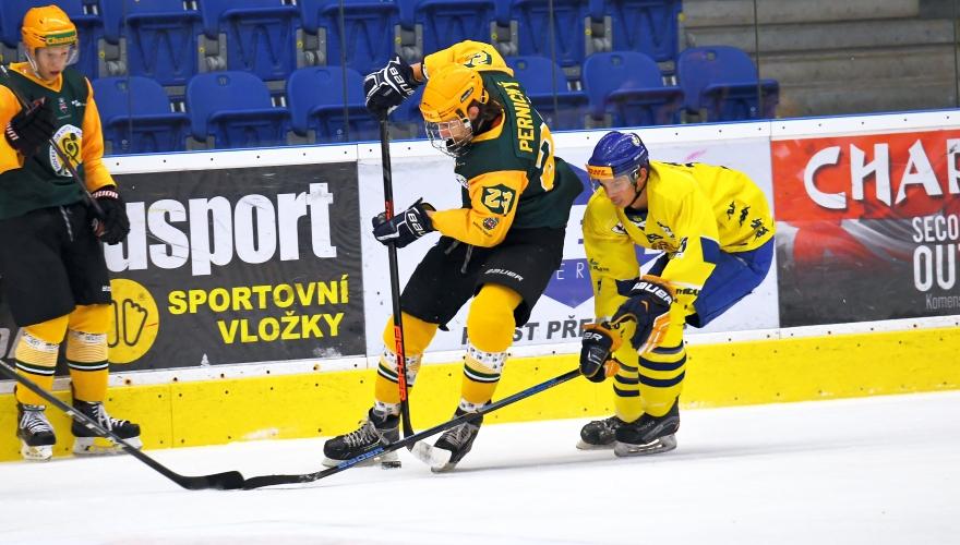 Juniorka se oklepala z nepovedeného utkání ve Vítkovicích a doma přemohla Vsetín