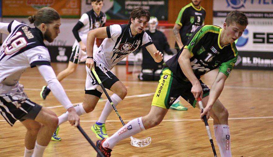 Chomutov splnil roli papírového favorita a porazil ve vánočním utkání Petrovice!