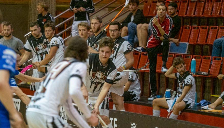 Florbalisté Chomutova poprvé odjíždí na venkovní utkání. Porazí Bulldogs Brno?