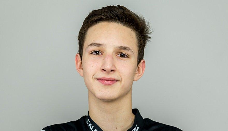 Jakub Pavuk #69