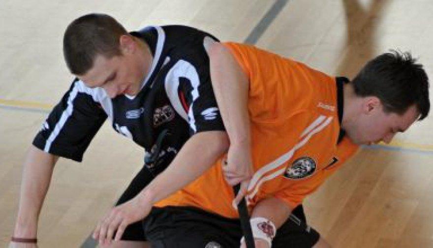V kvalitním okresním derby vydřel Chomutov svůj první bod gólem 37 vteřin před koncem!
