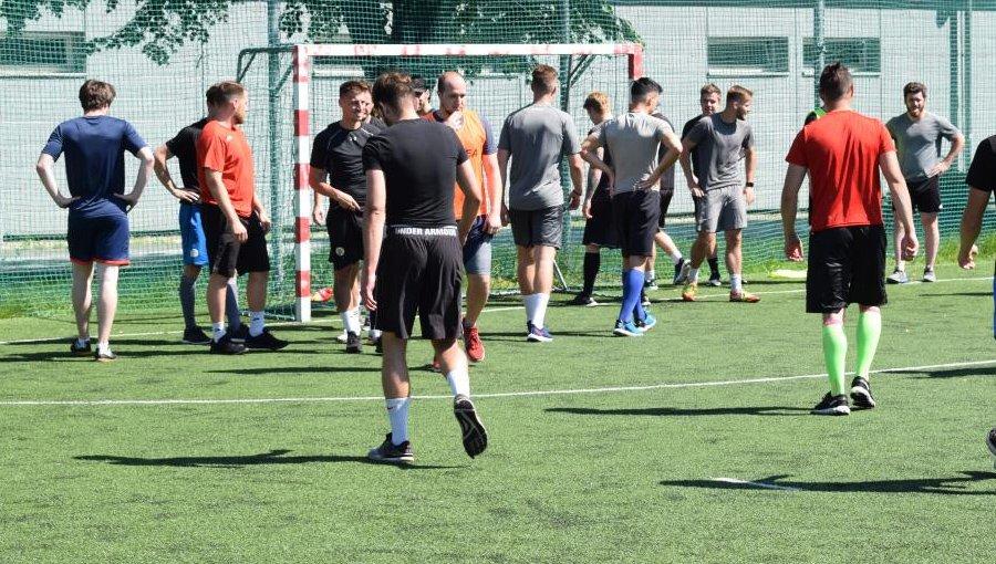 Draci se postaví na fotbalový trávník. V úterý vyzvou Vikýřovice